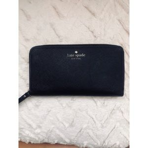 Black and gold Kate Spade Wristlet!